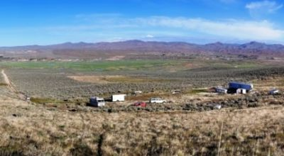 Huge  parcel   * Backs to mountains * Borders BLM * end of road * Incredible views