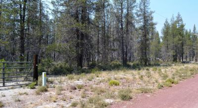One Acre Lot Near Crater Lake Southern Oregon - Power - HWY 97 - Camping Permitted
