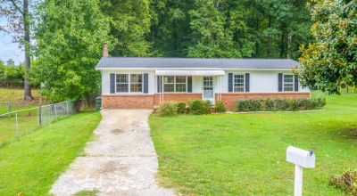 3 Bed 1.5 Bath Home In Morristown