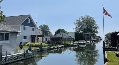 Waterfront Lot on the Canal. Minutes from Lake St Clair